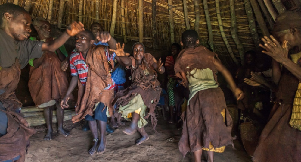 Batwa Experience near Bwindi photo by Marcus Westberg