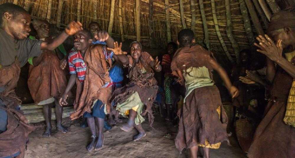 Batwa Experience near Bwindi photo by Marcus Westberg