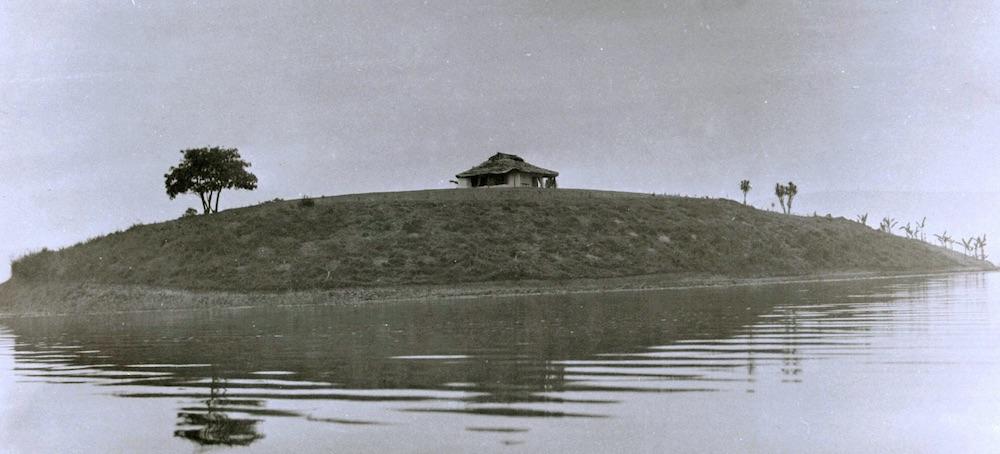 Sharp's house at Njuyeera