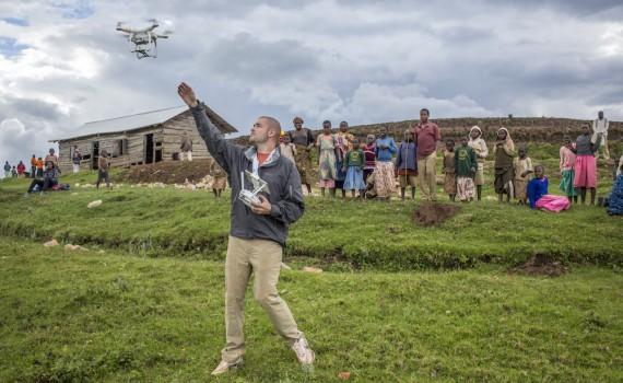 press_trip_drone
