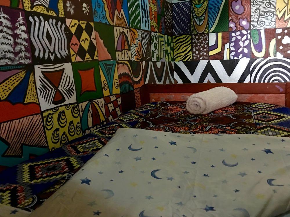Red Rocks room; photo by Miha Logar