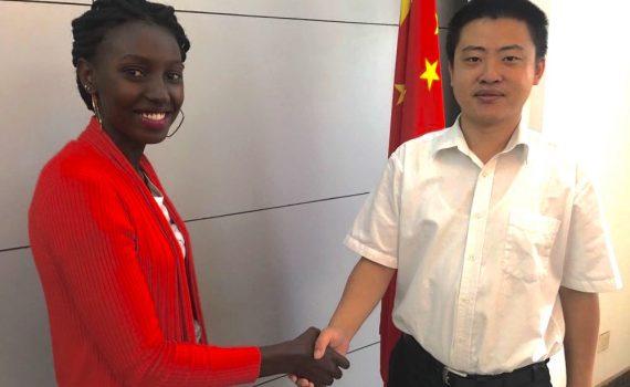 Hao Hang Xu (Chinese embassy in Kampala) and Jane Mulungi (Gorilla Highlands); photo by Miha Logar