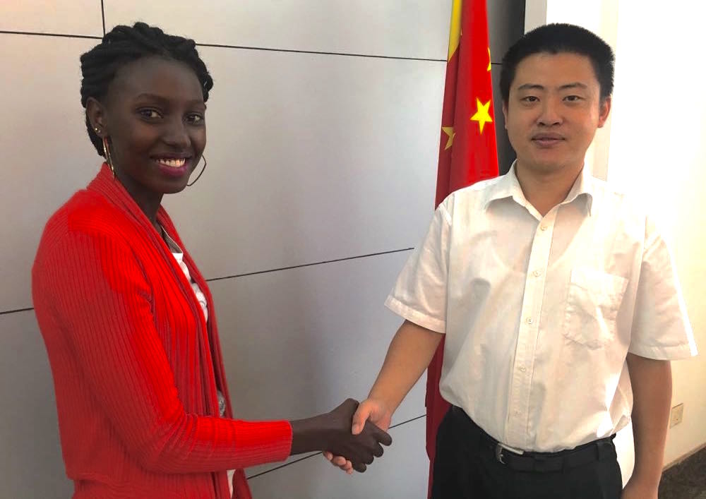 Hao Hang Xu (Chinese embassy in Kampala) and Jane Mulungi (Gorilla Highlands); photo by Miha Logar