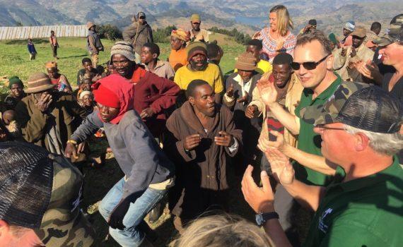 "Dutch Forum 6 members of the Entrepreneurs' Organisation visiting Batwa ""Pygmies""; photo by Miha Logar"