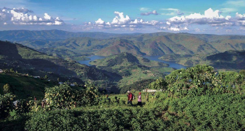Batwa tour with spectacular views